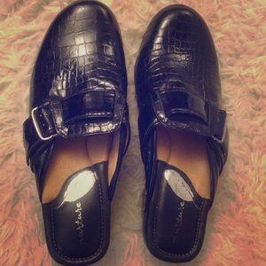 Nurture women's shoes
